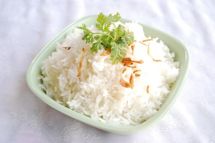 Как правильно варить рис и сколько по времени