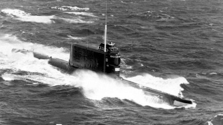 Как США с 5-ти километровой глубины советскую подлодку поднимали