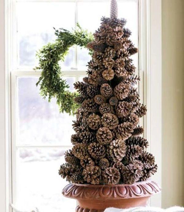 Большие напольные деревья из шишек и цветов 106