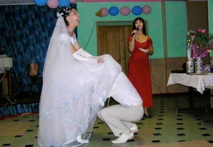 otodrali-nevestu-na-svadbe