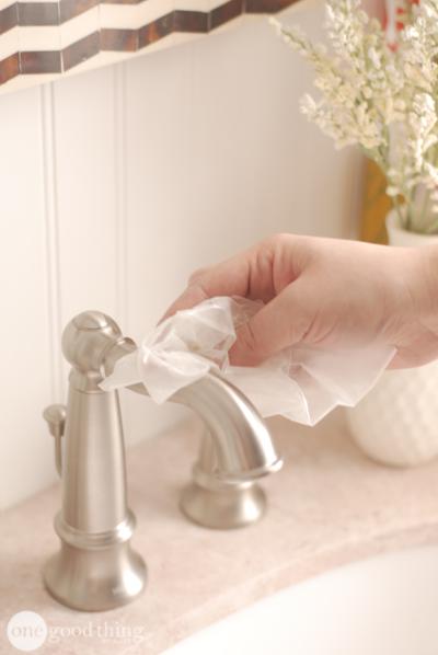 как убрать жир с пальцев рук