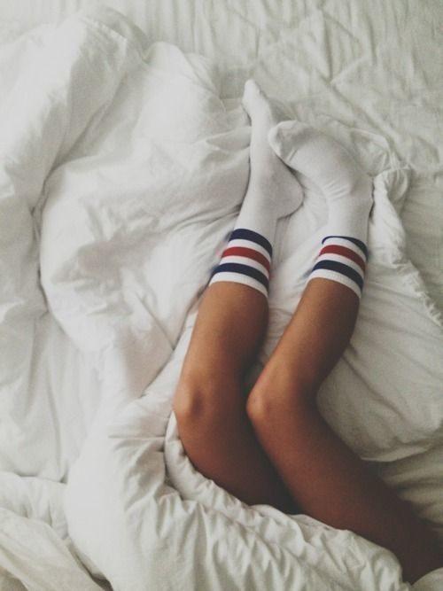 Упражнения для суставов, которые можно делать в кровати