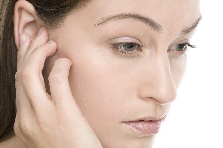 Как избавиться от насморка и заложенности при помощи массажа?