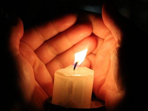 Как определить свое энергетическое состояние по пламени свечи
