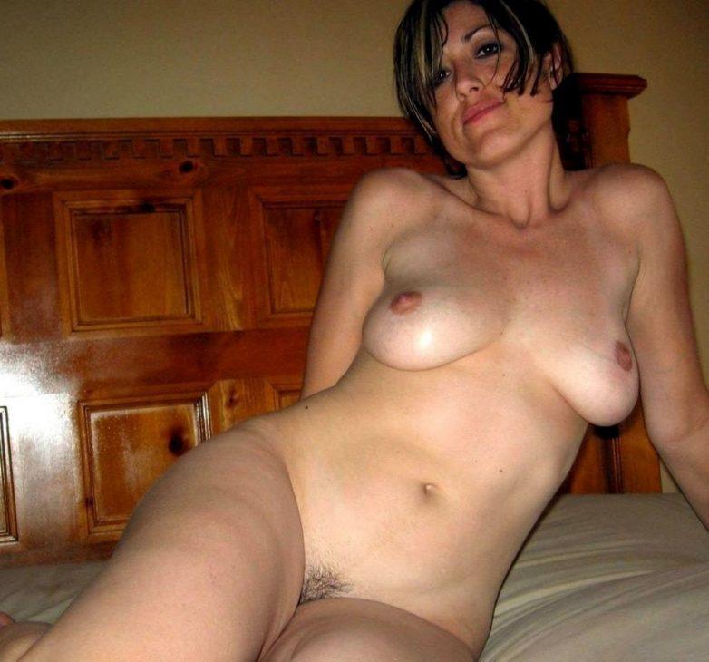 Фото зрелых голых женщин дома