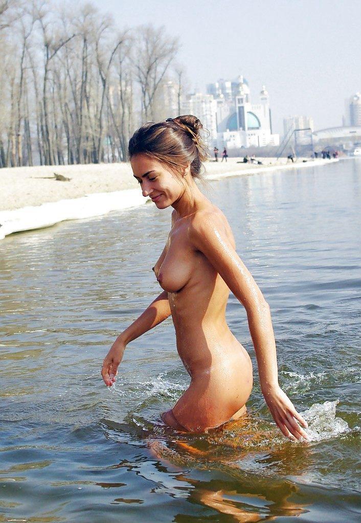 Нудисток фото украинских