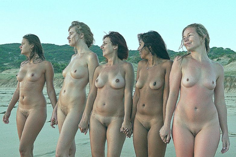 Фото голые нудисты 85441 фотография