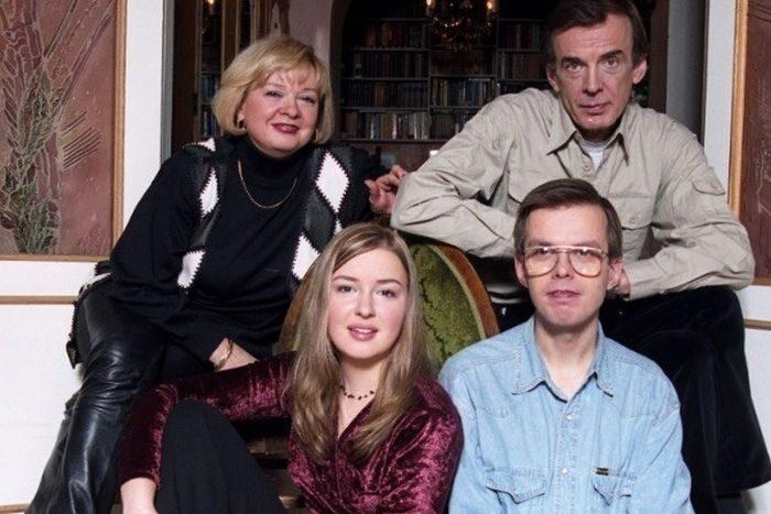 Полвека беззаветной любви Георгия Тараторкина и Екатерины Марковой. Семейный портрет с детьми