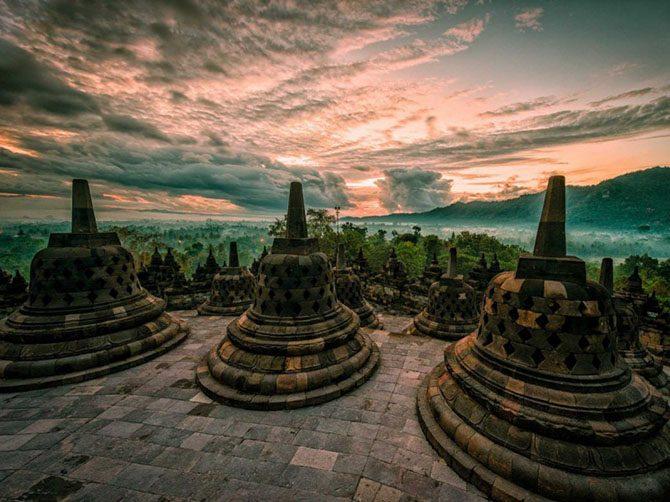 26 фантастических древних руин