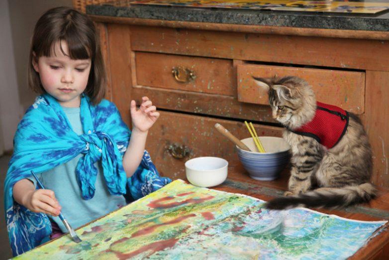 6462002ce6 Кошка, которая помогла больной аутизмом девочке
