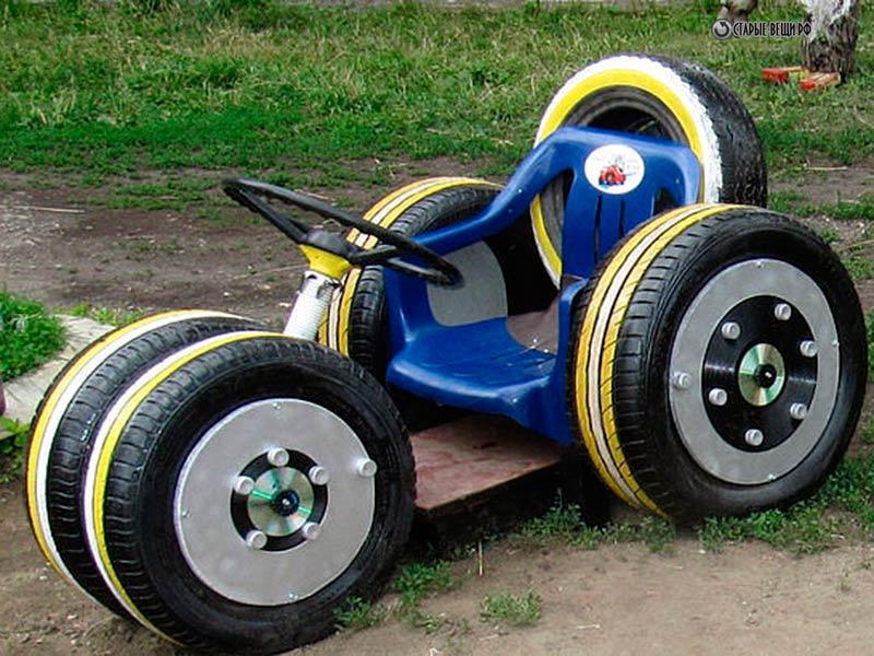 Детская машинка из шин