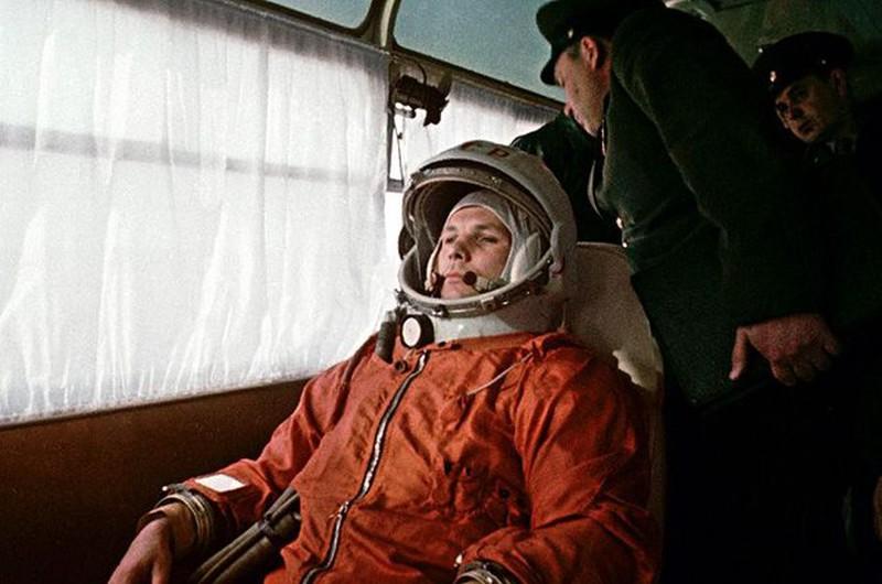 столько злости как далеко могут отправится космонавты выходные