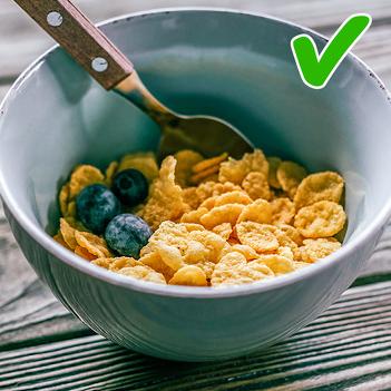 Продукты, которые диетологи категорически не рекомендуют есть на завтрак