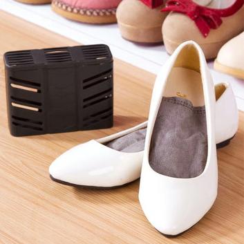 Как быстро избавиться от неприятного запаха обуви