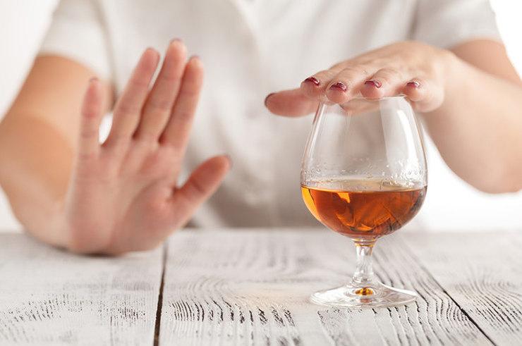 Главные плюсы отказа от алкоголя