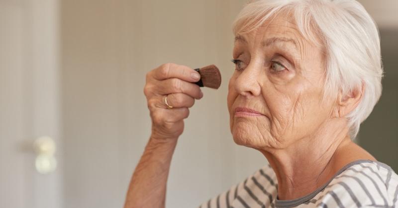 Советы, как правильно наносить тональный крем