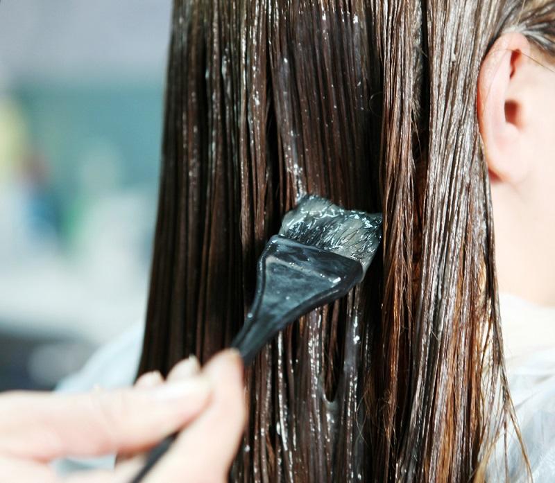 Осветляем волосы в домашних условиях