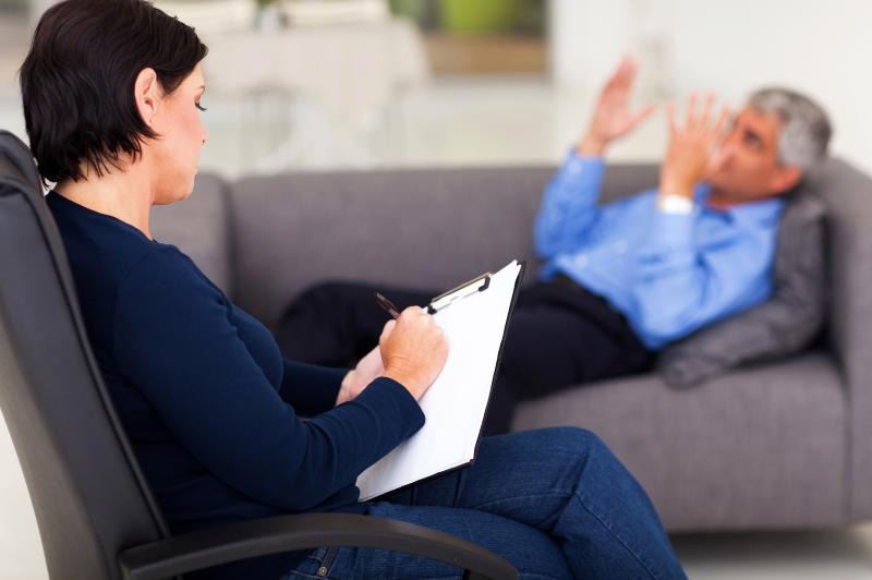 Как отношения между супругами могут испортиться из-за несоответствия гардероба одного из партнёров