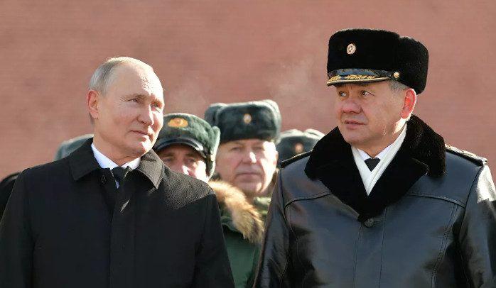 В Кремле объяснили, почему Путин был без шапки в 20-градусный мороз