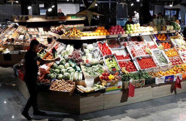 Минсельхоз и Минпромторг пообещали не допустить дефицита продуктов