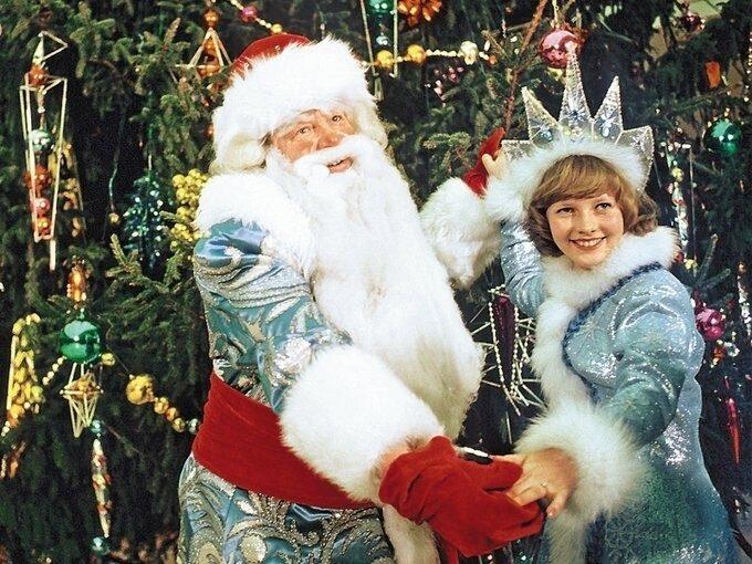 «Дед Мороз прощается с вами». Актер Роман Филиппов ушел вслед за страной