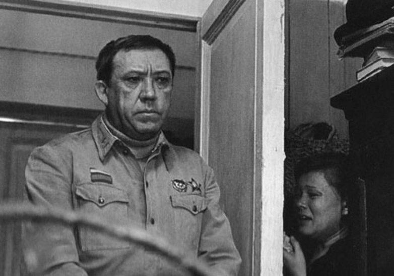 История о том, как Юрий Никулин старому клоуну квартиру выбивал
