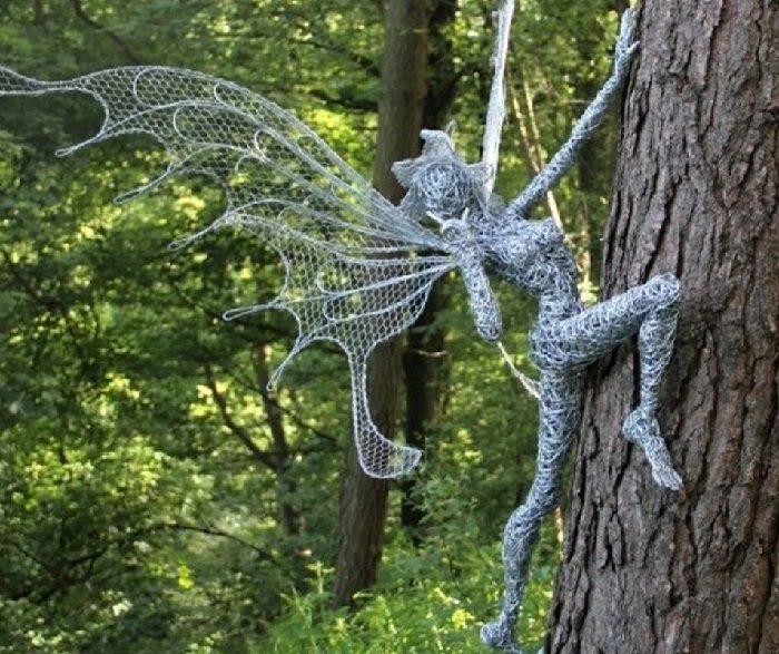 Невероятные скульптуры из стальной проволоки