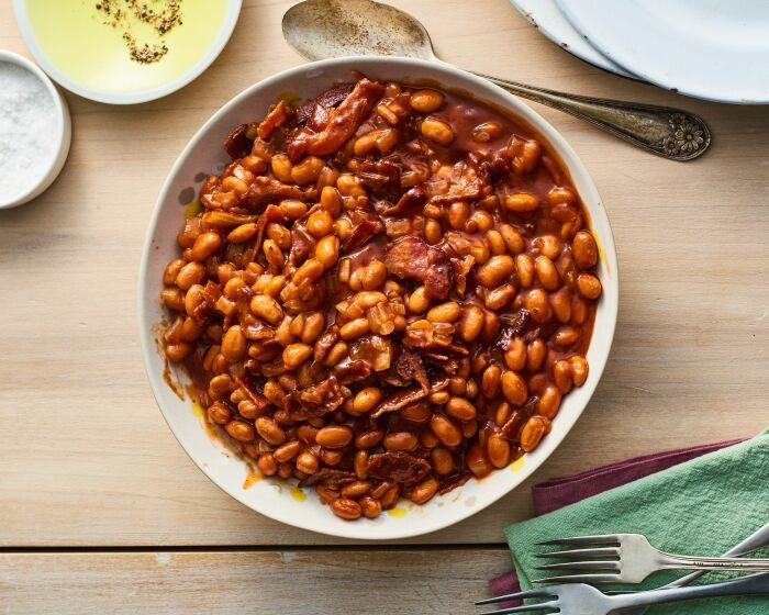 5 вкусных и сытных блюд для приготовления в горшочках