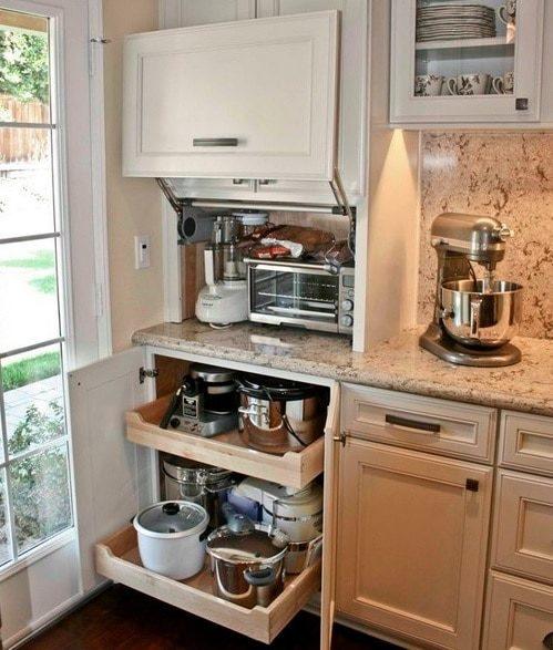 Практичные идеи, как лучше хранить мелкую бытовую технику на кухне