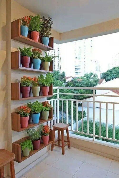 Идеи украшения дома вертикальным зелёным садом