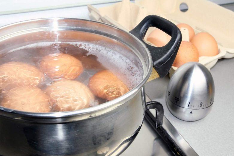 Способы варки яиц и лёгкая очистка