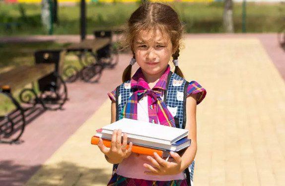 7 самых бесполезных покупок для школьника