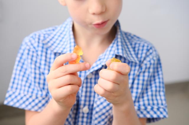 Какие десерты и с какого возраста можно давать детям?