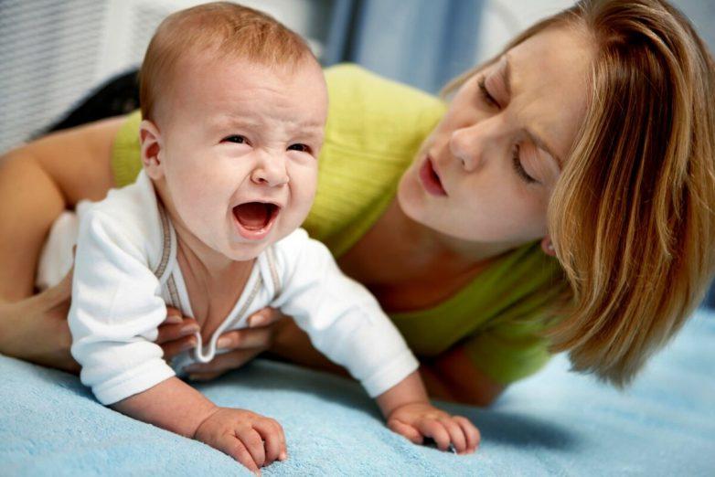 Чего не стоит делать при коликах у младенцев?