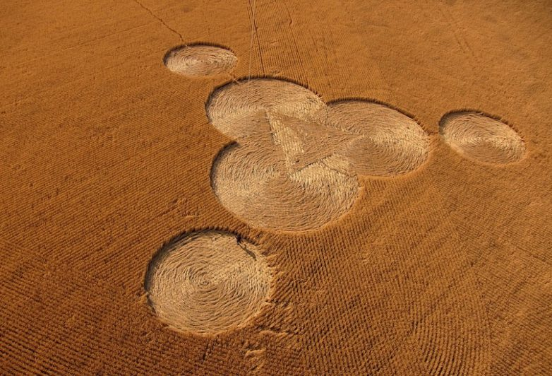 Ещё раз о природе кругов на полях