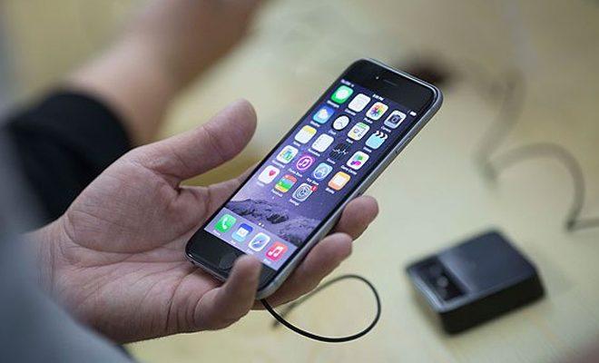 Большой брат смотрит за вами (но это не точно): как проверить телефон на прослушку?