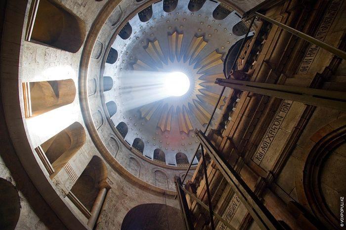 В храме ты найдешь свет