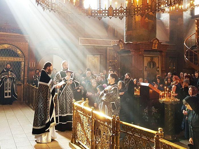 Суета мира и Божественная благодать