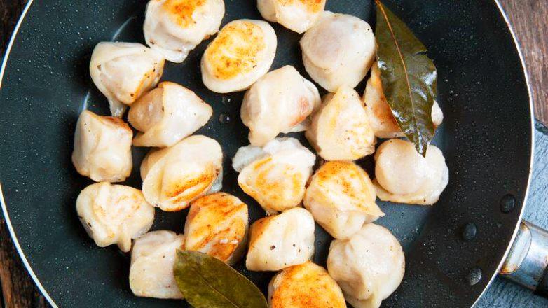 Жареные пельмени на сковороде за 5 минут