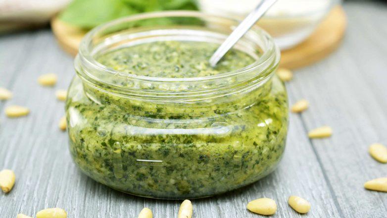 Соус «Песто» - суперполезный и вкусный соус к салатам, рыбе, мясу, спагетти