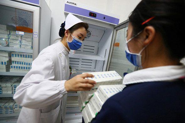 Какие вакцины от COVID-19 используют в мире