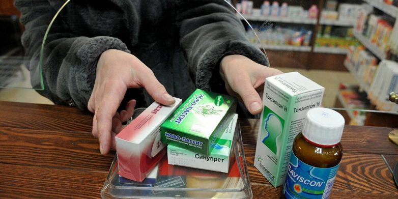 Можно ли ребенку продавать лекарства в аптеке?