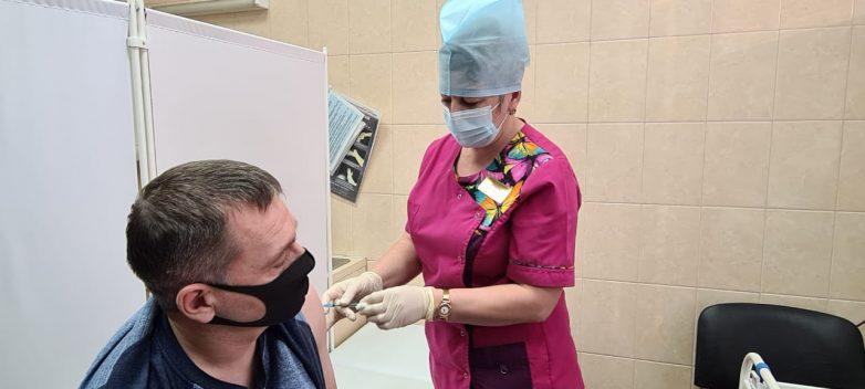 Песков считает, что не делать прививку от ковида безответственно