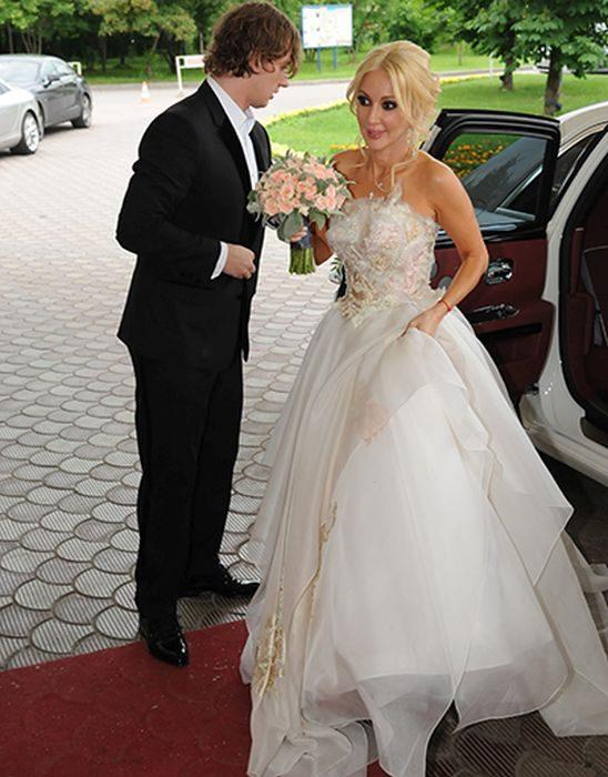 Валерий жидков с женой фото образом