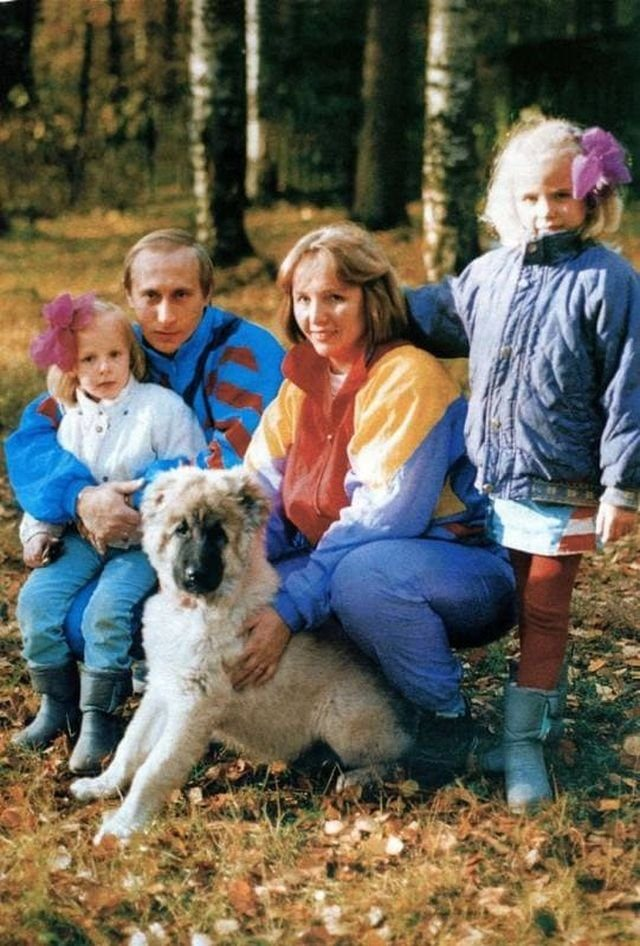 Атмосферные снимки из 90-х. Смотрим вместе!