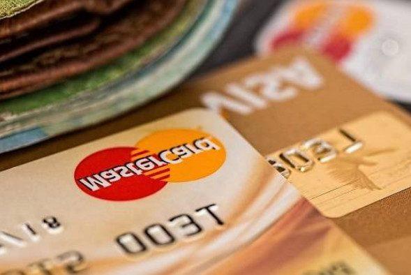 Мошенники начали использовать новую схему обмана россиян с «беспроцентными» кредитами