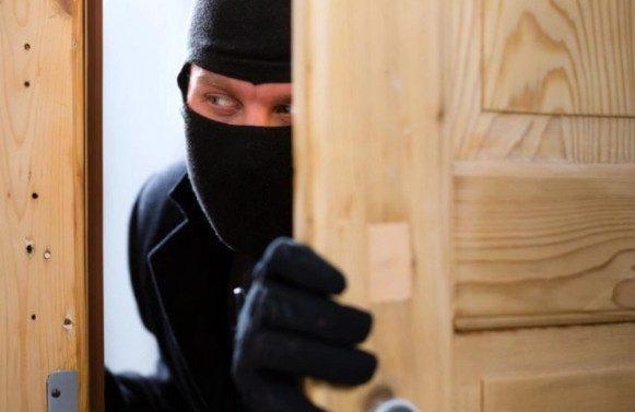 Вор вышел из квартиры сотрудника «Газпрома» миллионером
