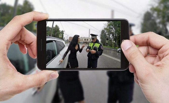 Чем отличаются осмотр и досмотр машины полицией?