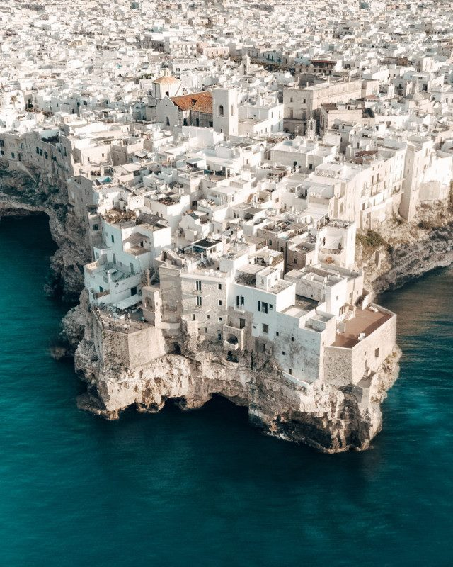 Впечатляющий полёт над Италией