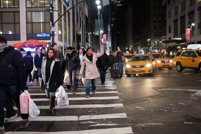 25 законов улиц, которые полезно знать каждому туристу